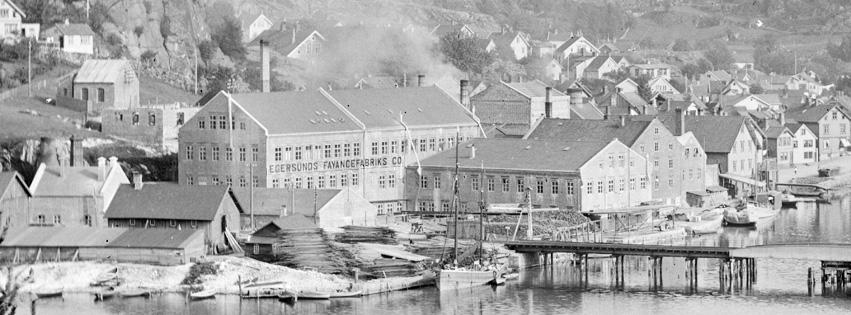 A/S Egersunds Fayancefabriks Co., cirka 1910. Utsikt fra Kontrari. Foto: E. H. Torjusen (DFF-EHT0061).